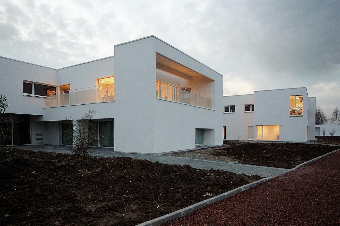 """pour Gilles FROMENT_architecte/PARALLELE-3 : Centre psychiatrique """"Les passerelles-La source"""" 03/03/2004 St Venant"""